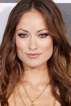 Beauty Breakdown: Tap In To Olivia Wilde's Smoky Side