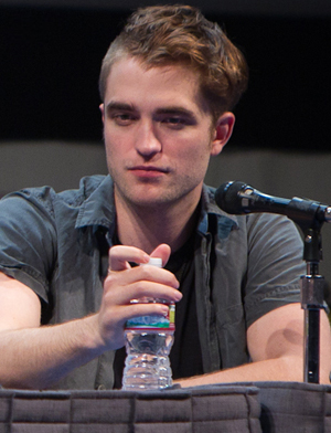 Robert Pattinson Obsessed on Robert Pattinson Wants To Design His Own Clothing Line   Meets