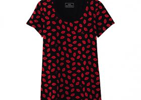 Lulu Guinness Blows Collaboration Kisses to Uniqlo (9)