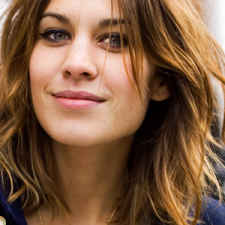 Alexa Chung to Start Her Own Clothing Line