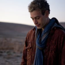 "Matisyahu Premieres ""Happy Hanukkah"" Song Benefitting Hurricane Sandy Relief Efforts"