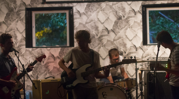 Hospital Ships Perform Live At The Sunshine District (Photos)