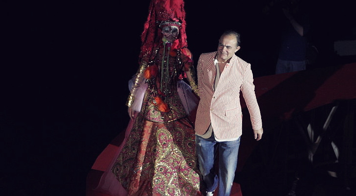 Remembering Schiaparelli Christian Lacroix To Unveil A Tribute Capsule Collection At Paris Couture Week