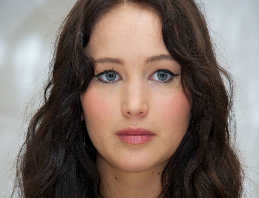 Jennifer Lawrence Brunette