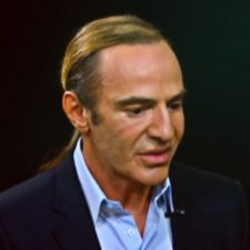 Galliano Poised to Make Comeback